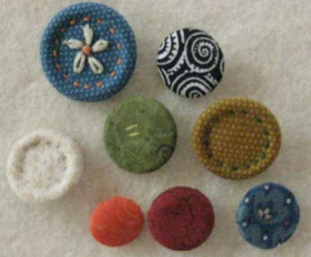 how to cover buttons with fabric tutorial