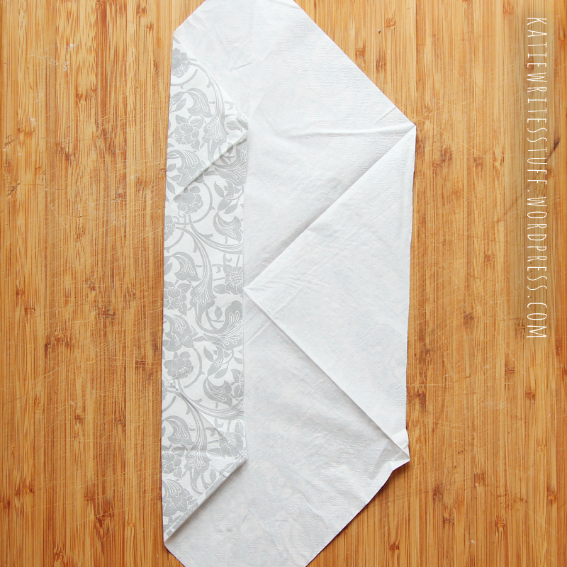 easy napkin folding tutorial